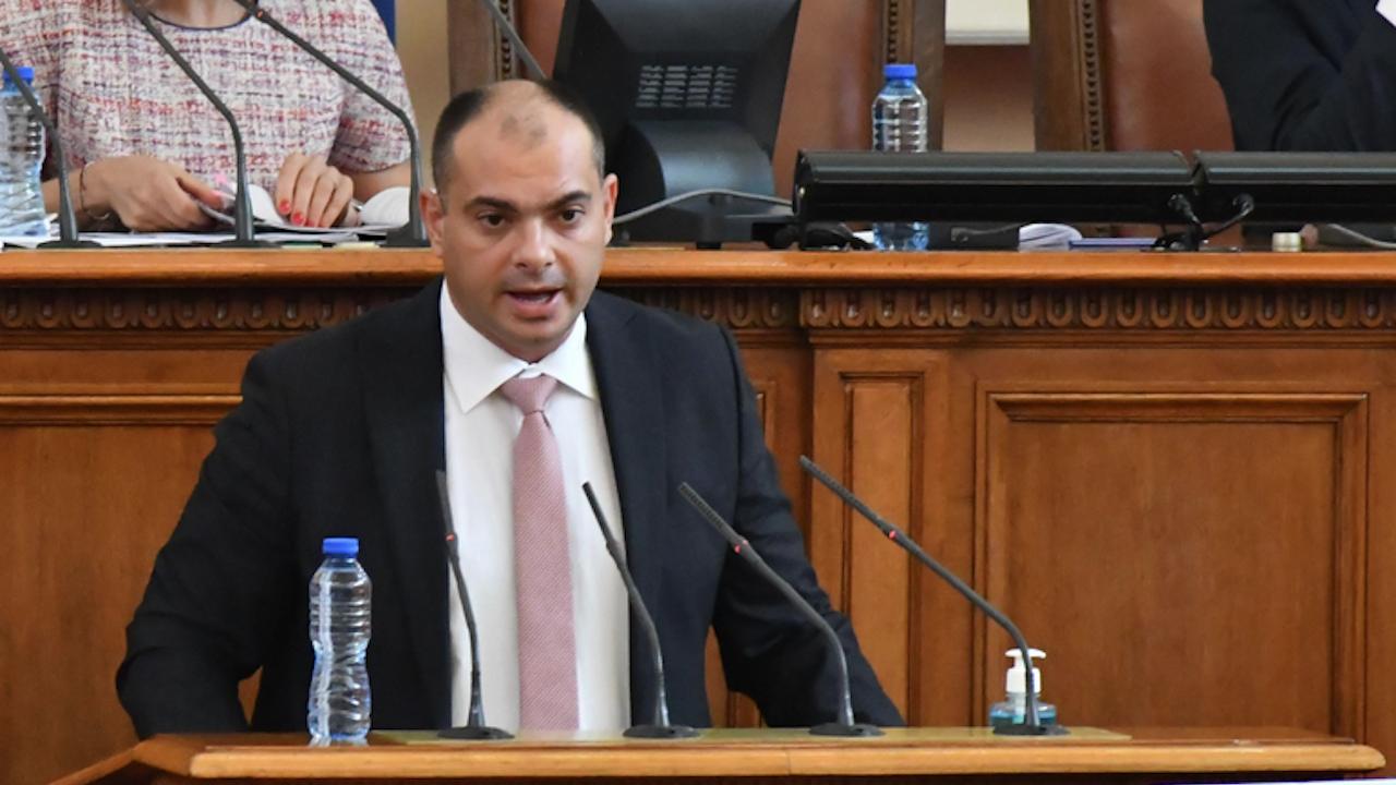 БСП държат разговорите с протестните партии да са за редовен кабинет