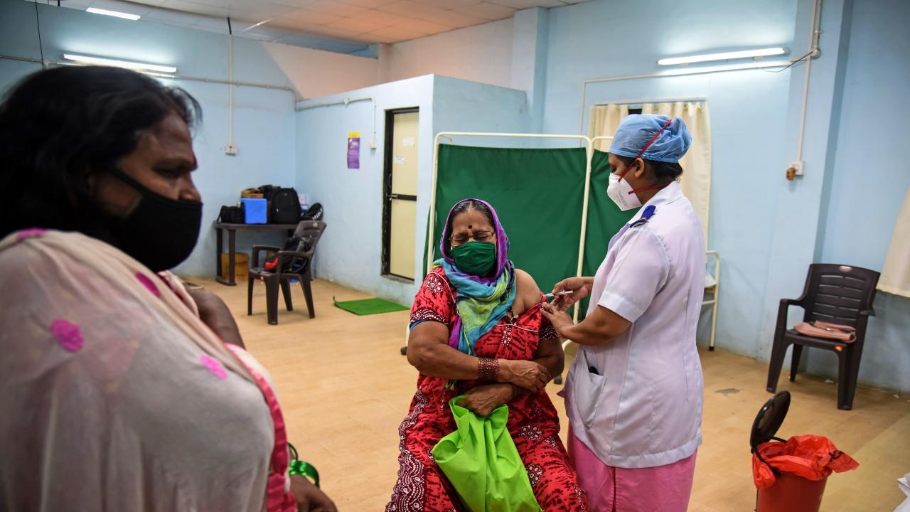 Индия ваксинира срещу Covid-19 10 млн. души за ден