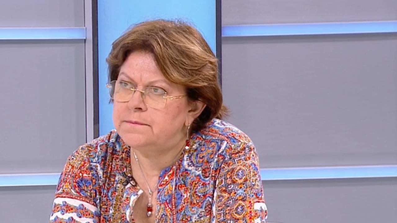 Дончева с яростна атака към Слави: Не е носител на никаква промяна, той е виновен да няма правителство