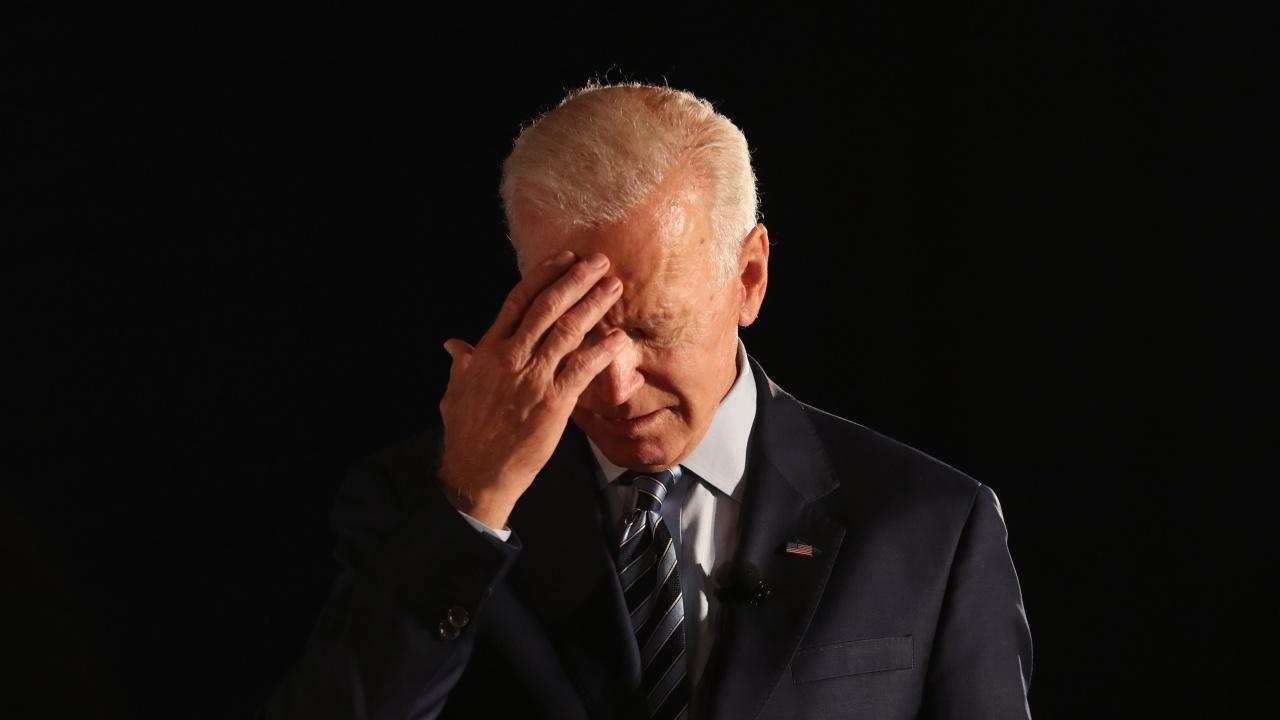 Джо Байдън заспа по време на среща в Белия дом