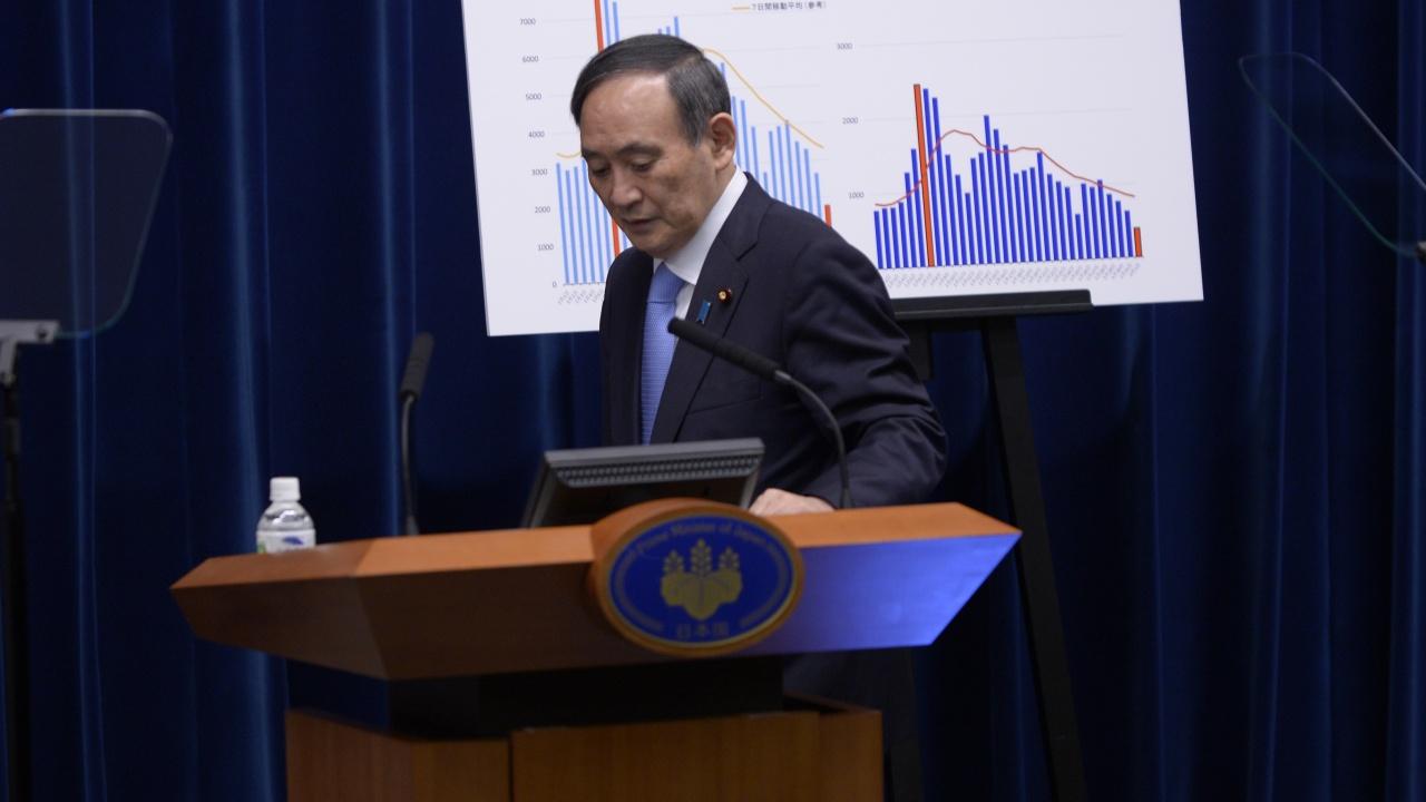 Премиерът на Япония пада от власт заради пандемията и неумение да се комуникира