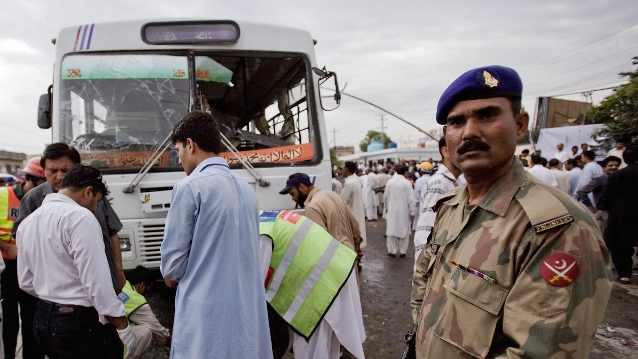 Насилието в Пакистан нарасна след превземането на Афганистан от талибаните