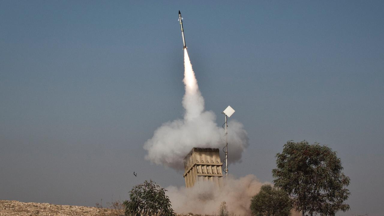 Саудитската противоракетна отбрана отрази ракетна атака срещу петролодобивен район