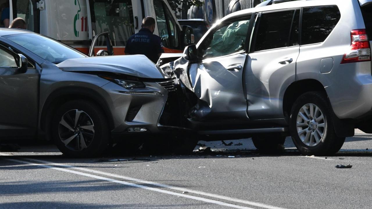 """Три катастрофи за половин час на магистрала """"Тракия"""" в Пловдивско"""
