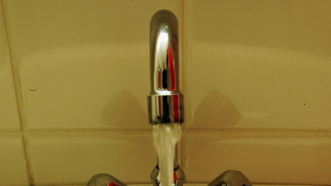 Утре пускат топлата вода в Перник?