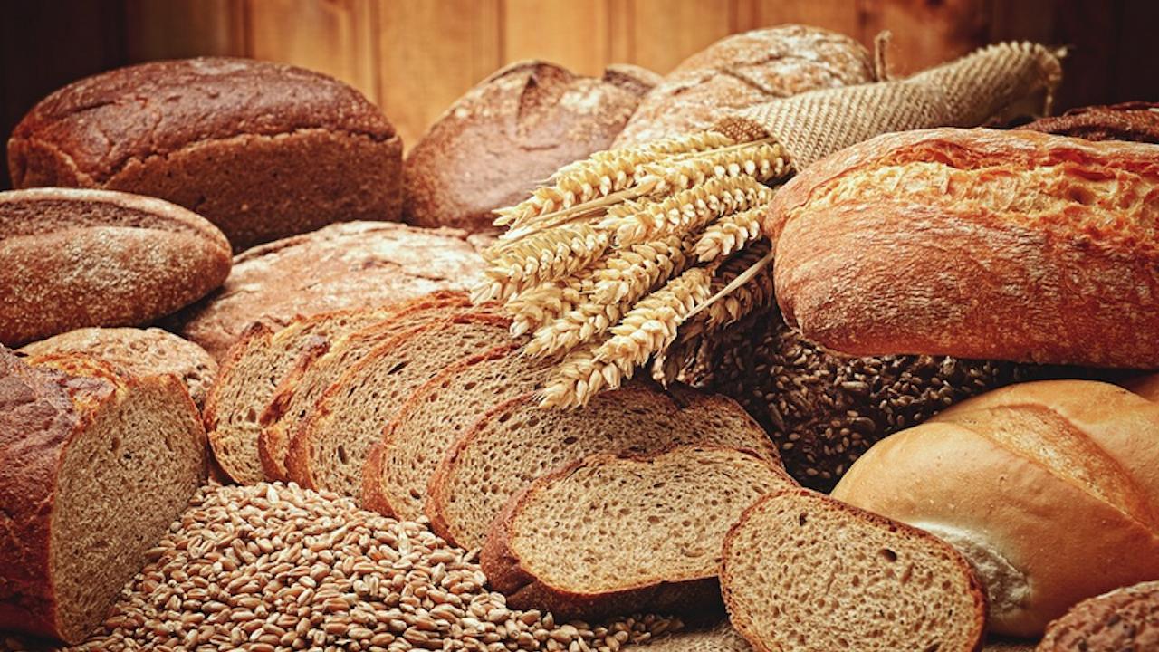 Житото в изобилие, хлябът поскъпва