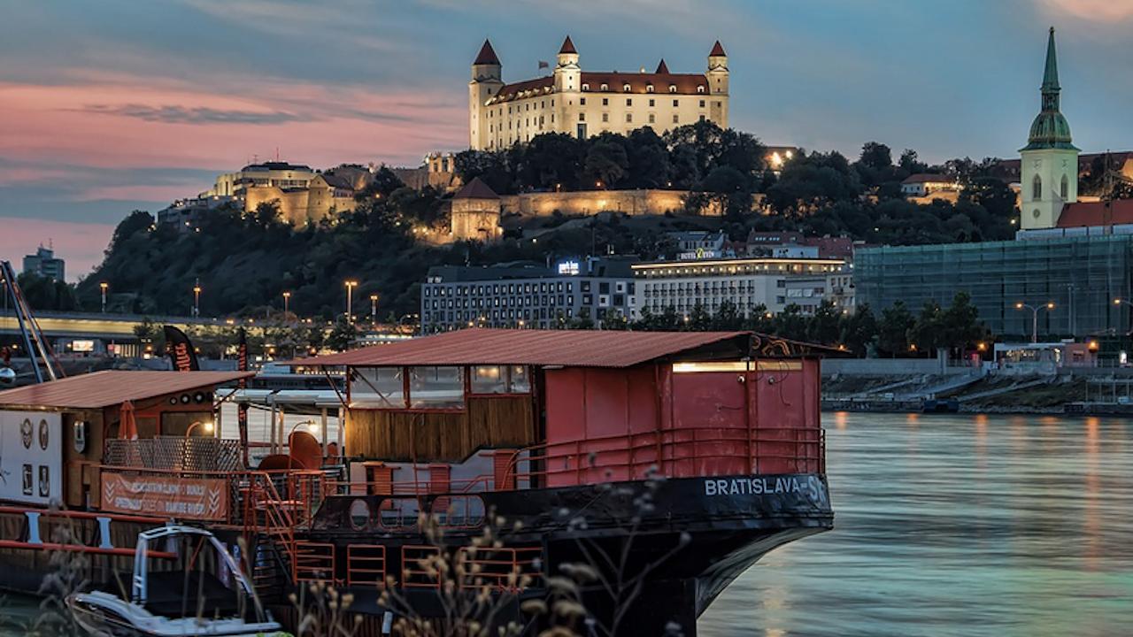 Правителството на Словакия се извини за антисемитските закони през Втората световна война