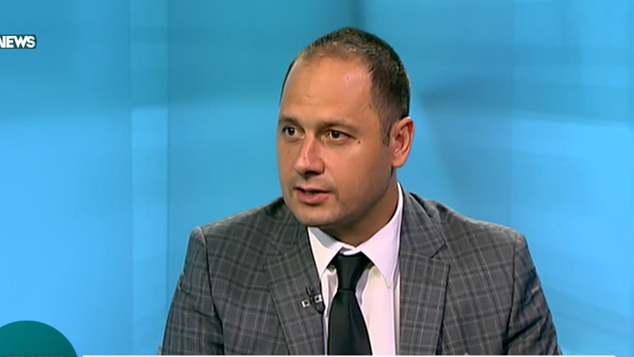 Петър Витанов: Партията на министрите Петков и Василев ще привлече десни избиратели