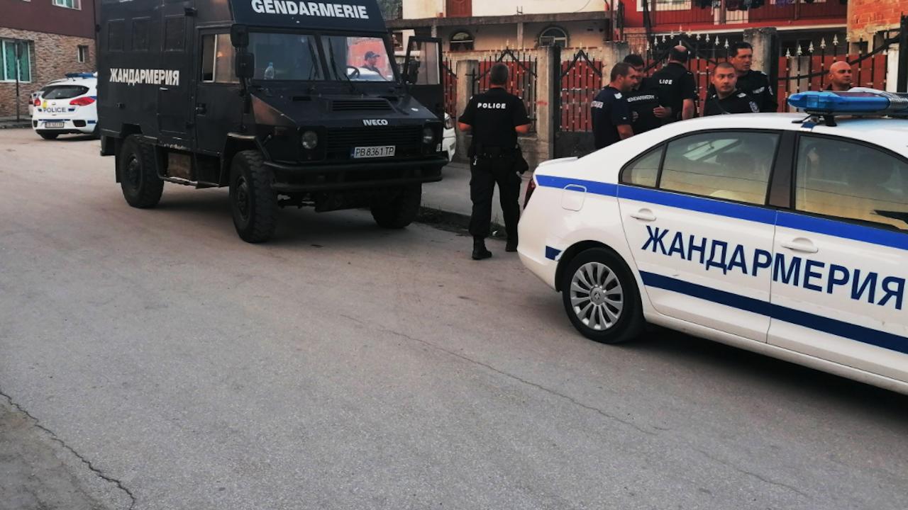 Арестуваха петима лихвари от Сливен, тормозили свирепо длъжници