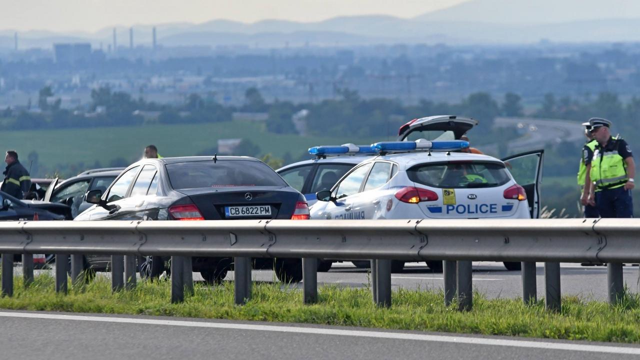 """Катастрофа изисква повишено внимание на АМ """"Тракия"""" при километър 255 в посока София"""