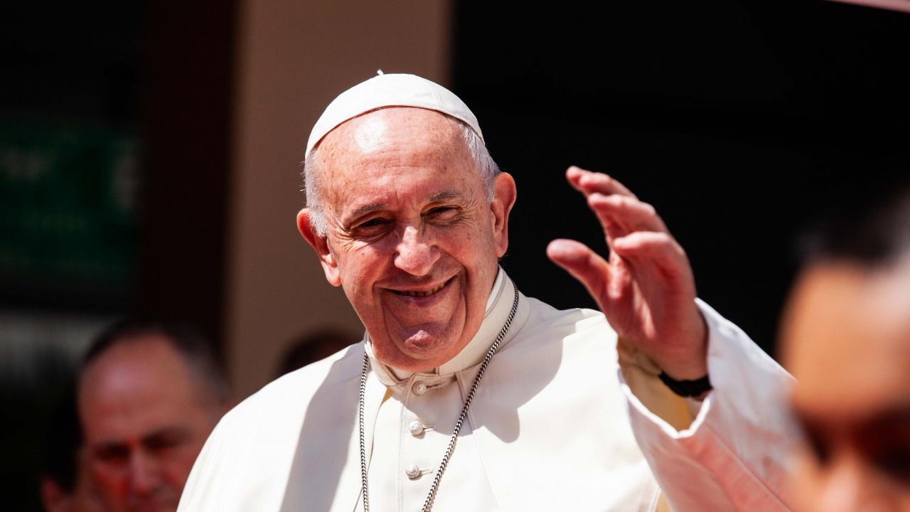 Папа Франциск пристигна в Словакия