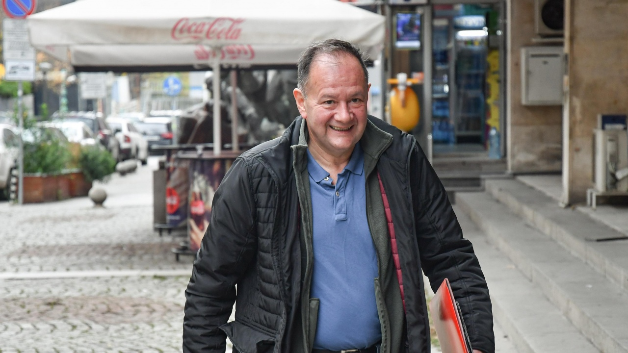 Михаил Миков: Така и не разбрах кои точно са червените линии пред БСП