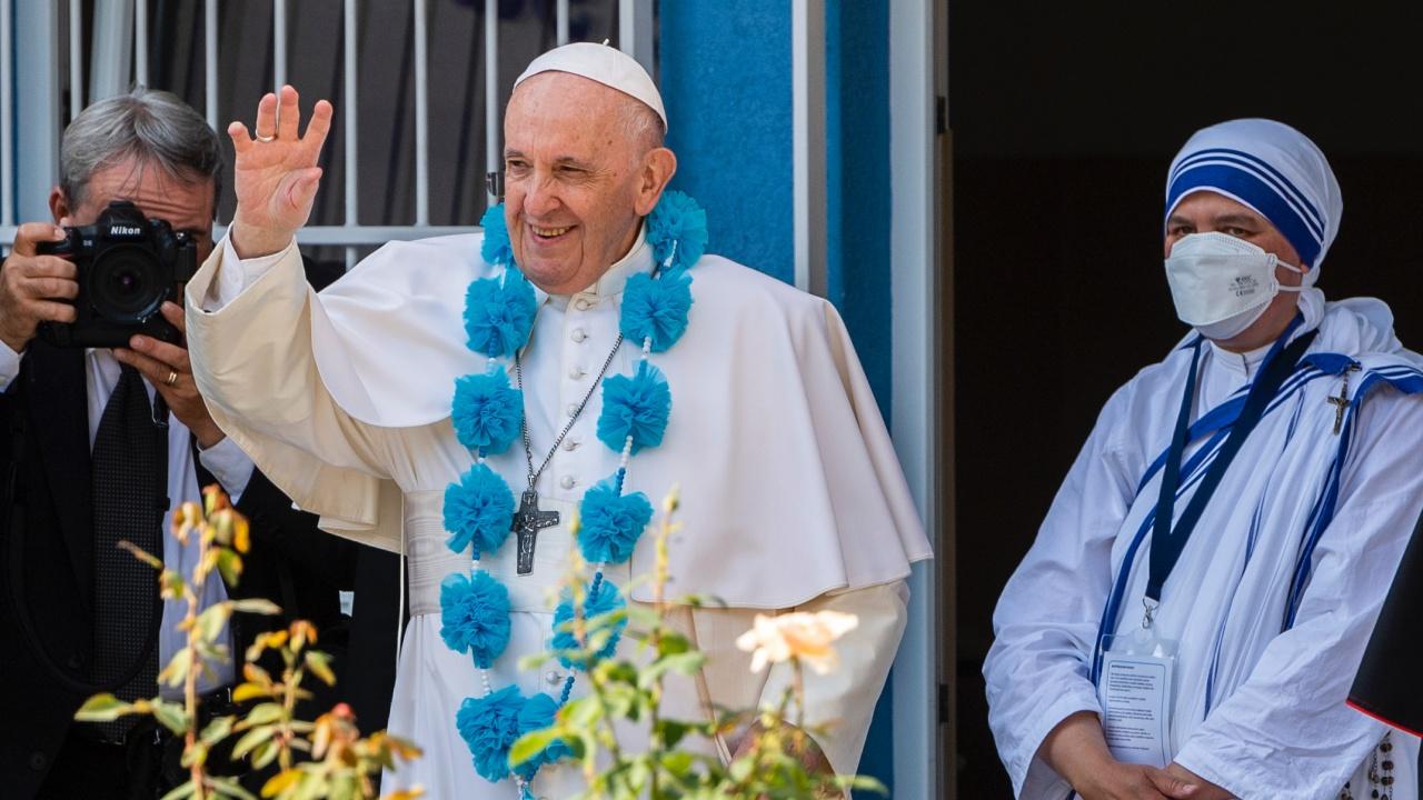 Папа Франциск призна, че се срамува от миналото