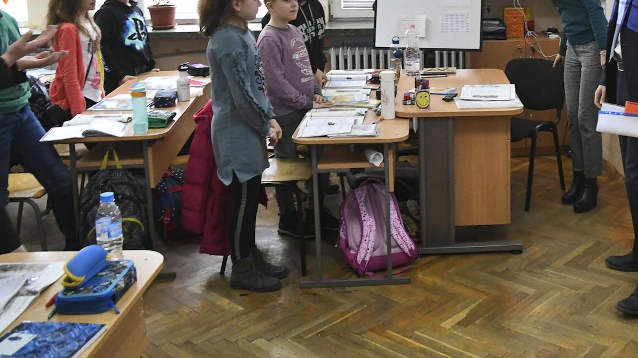Над 93% от столичните учители са за присъствено обучение