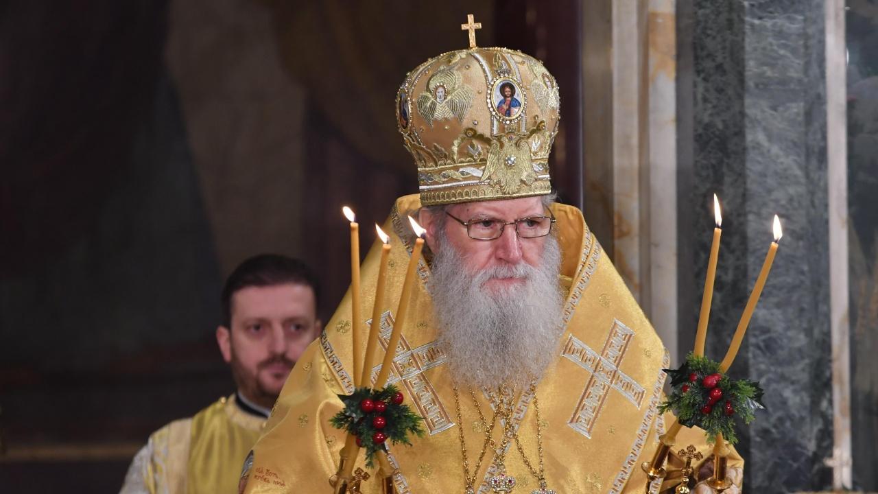 Патриарх Неофит: Носенето на Кръста е едновременно и жребий, и чест за всеки християнин