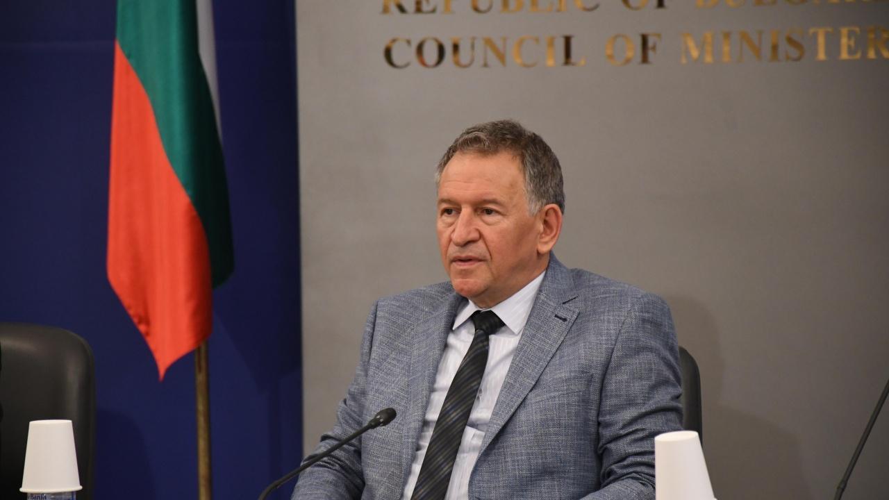 Кацаров направи отчет на работата си, констатира сериозни пропуски в здравеопазването
