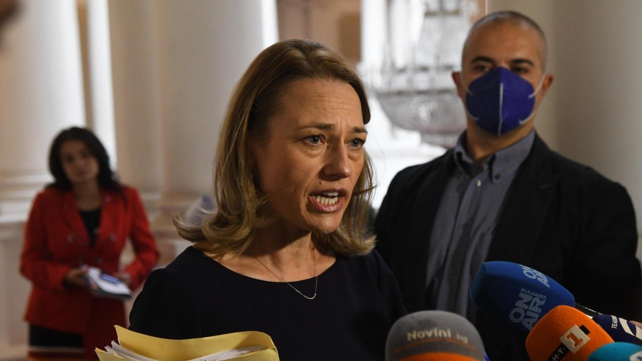 Ива Митева ще се кандидатира за депутат от гражданската квота на ИТН