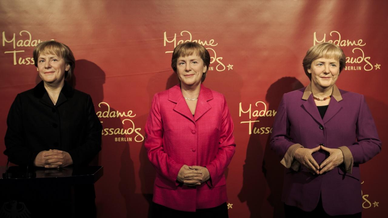 Берлинският музей на мадам Тюсо облече Ангела Меркел в планинарски дрехи