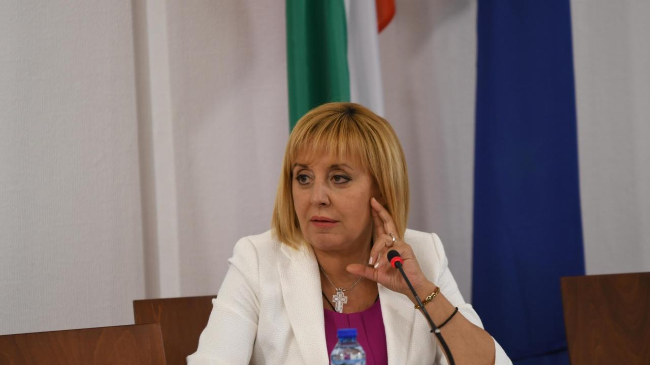 Мая Манолова призовава за обединение ДБ и формацията около Кирил Петков и Асен Василев