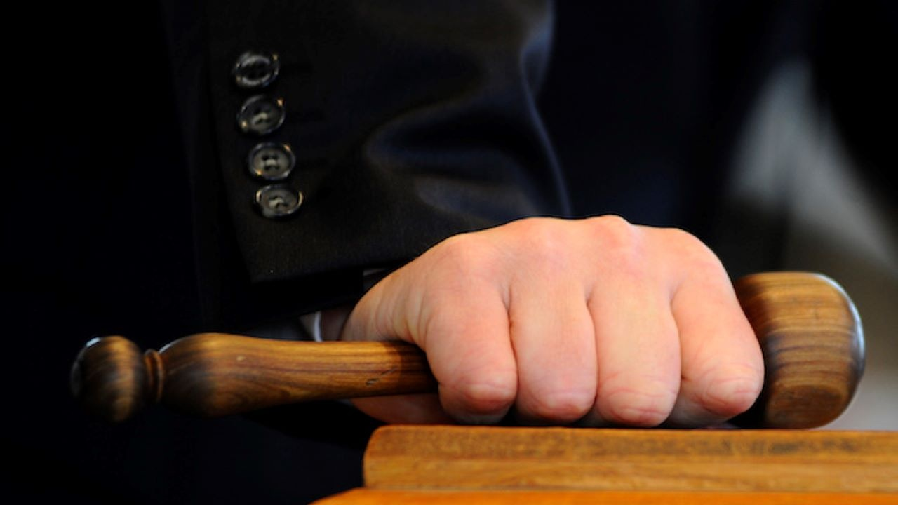 Повдигнаха обвинения на четирима от разбитата банда каналджии