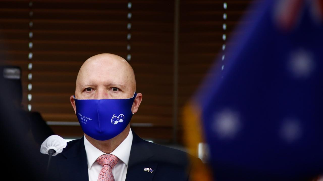 Австралия беше открита и честна с Франция, заяви министърът на отбраната