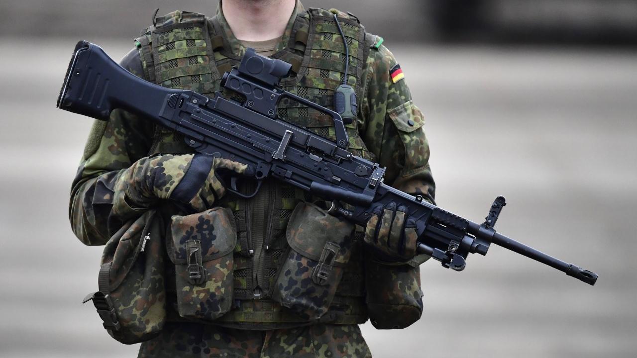 Германското военно контраразузнаване проверява случаи на военни, заподозрени в екстремизъм