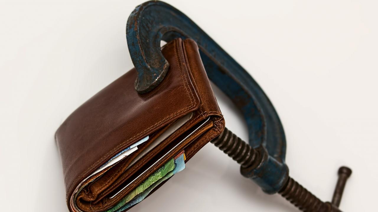 Доцент от БАН: Инфлацията ще достигне двуцифрени темпове до края на годината