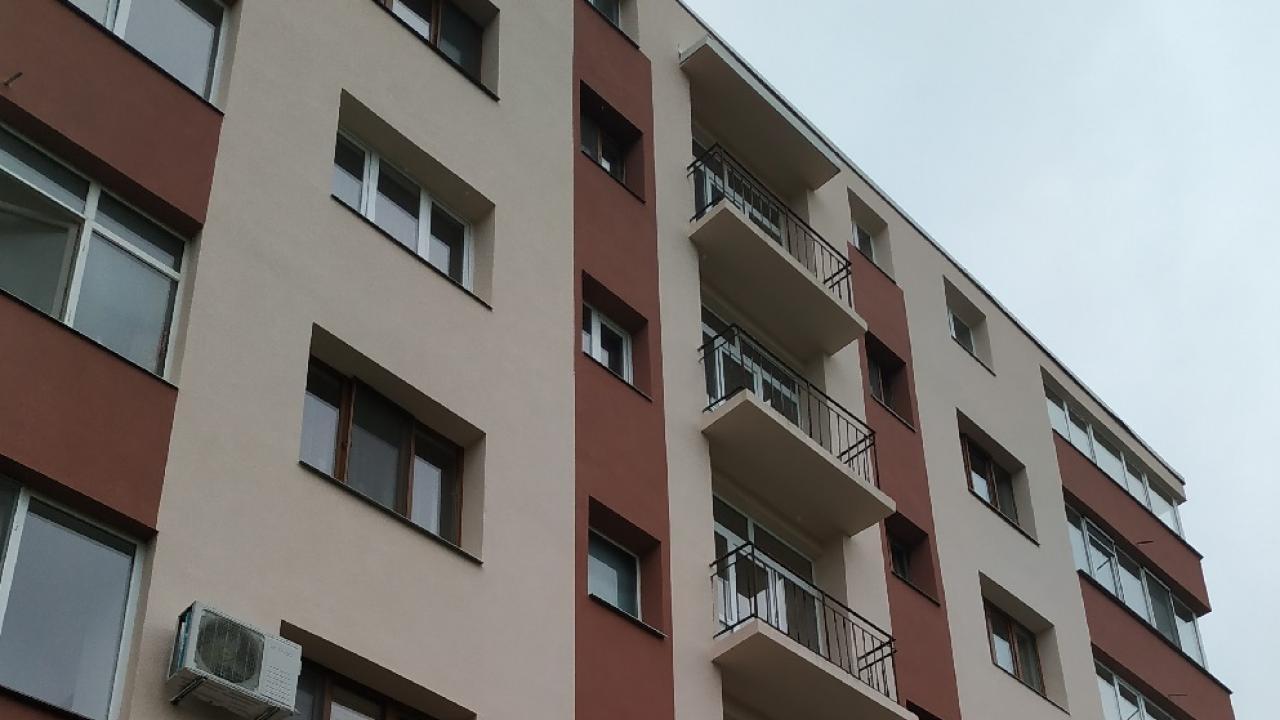 """Финансират инженеринг за саниране на блоковете """"Кубадин"""" и  """"Амбарица"""" в Ловеч"""