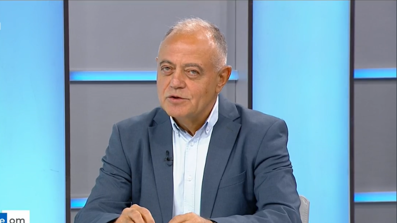 Атанас Атанасов за кандидата за президент на ДБ: Трябва да е антипод на Румен Радев