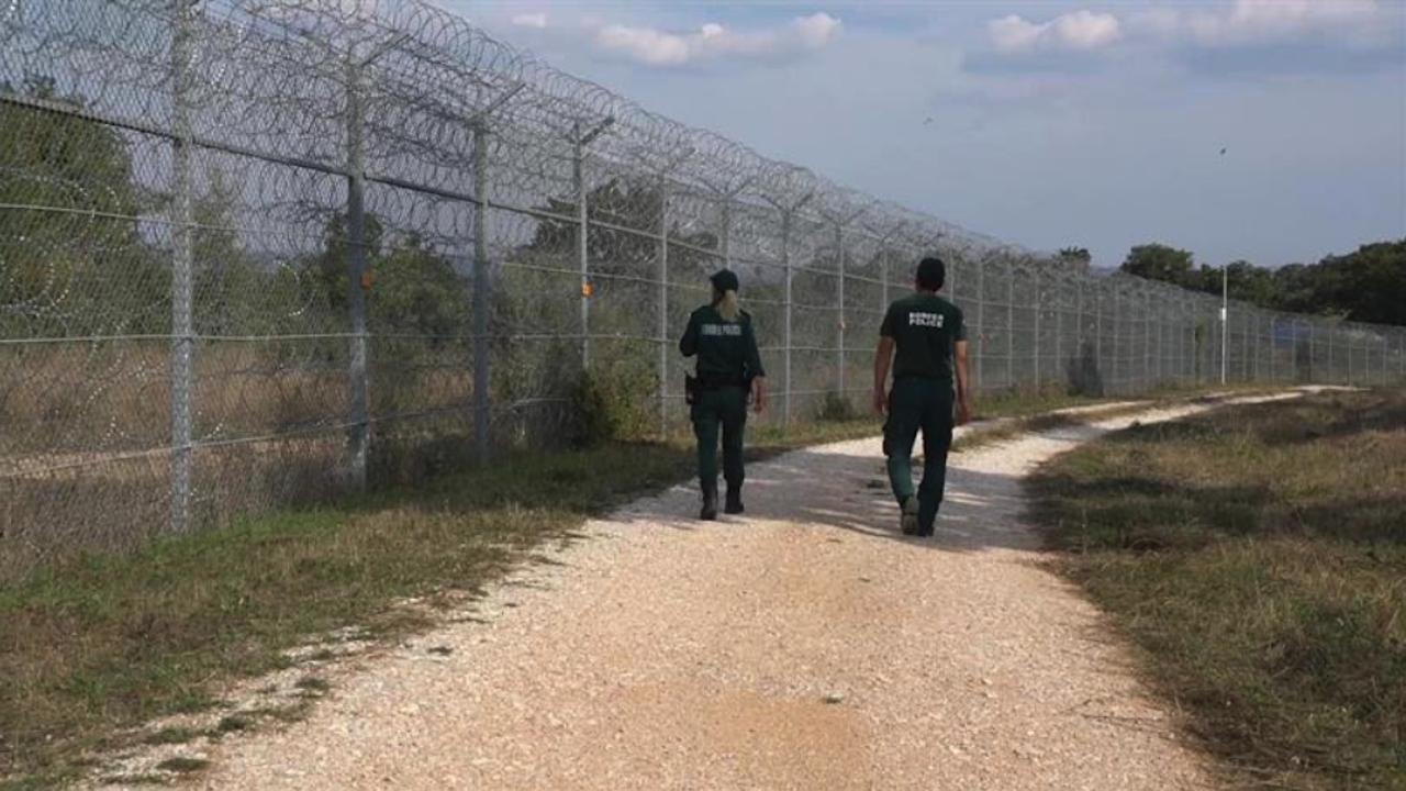 МВР поема управлението на оградата по границата с Турция