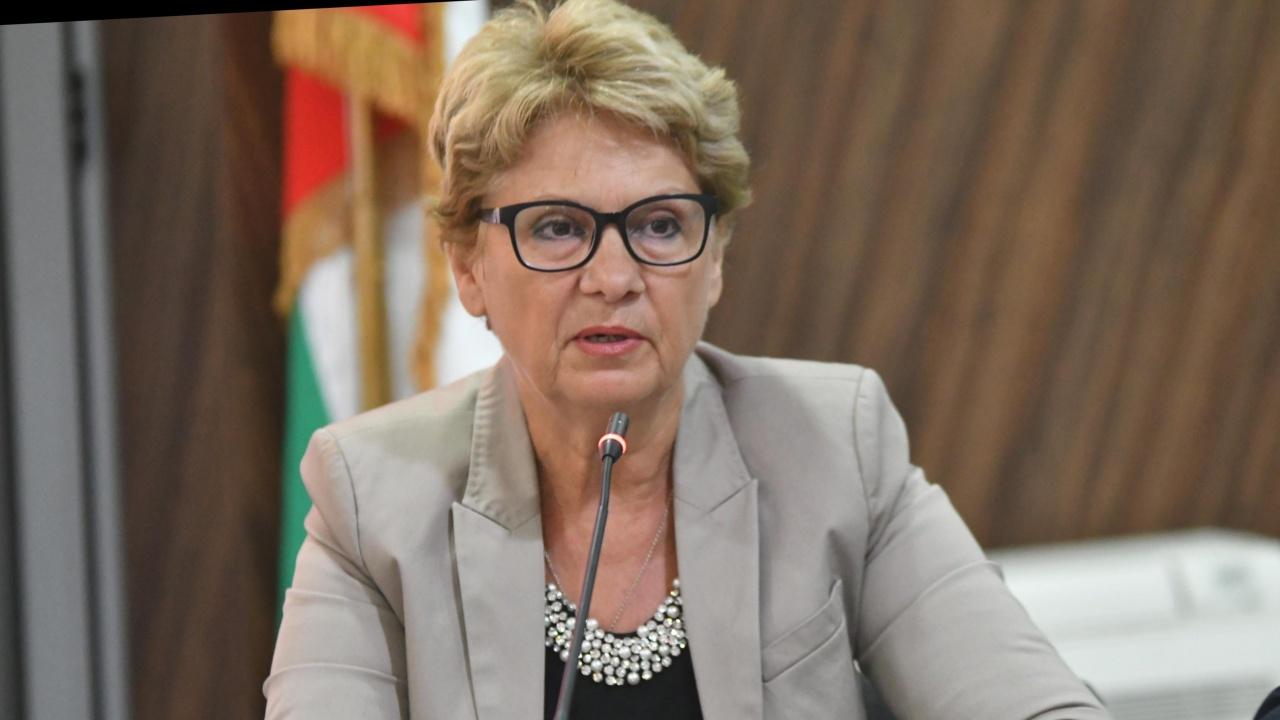 Комитова: Натъкнахме се на огромен финансов дефицит в МРРБ
