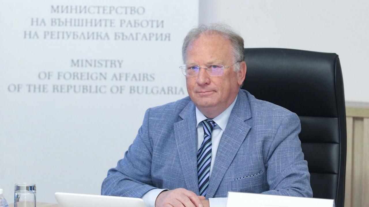 Светлан Стоев получи благодарствено писмо от Жозеп Борел във връзка с приемането на граждани на Афганистан, работили за ЕС