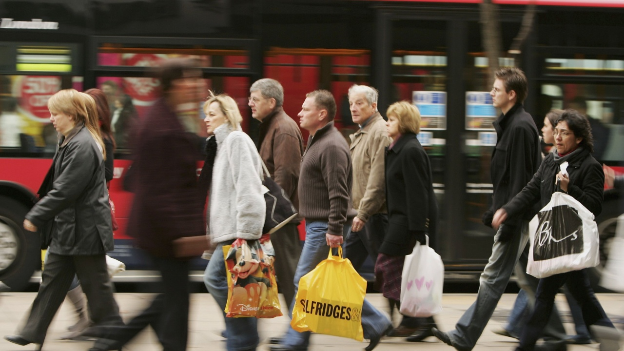 Великобритания ще издаде до 10 500 временни работни визи