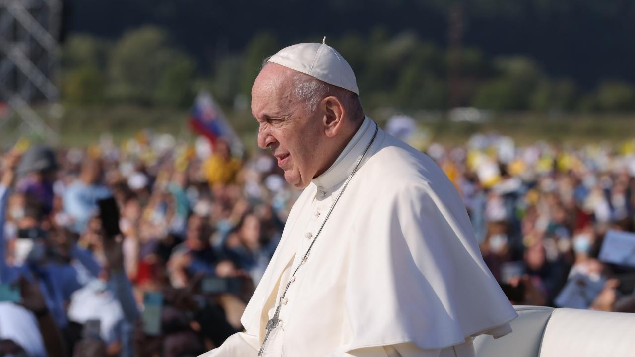 Папа Франциск призова да не бъдат затваряни вратите пред мигрантите