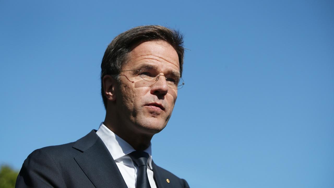 Рюте уволни икономическия си министър заради несъгласие около ваксинационните паспорти