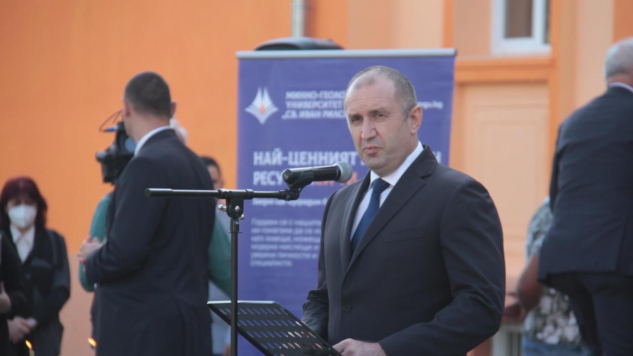 """Подкрепата за Радев: """"Президентът остана верен на принципите"""""""