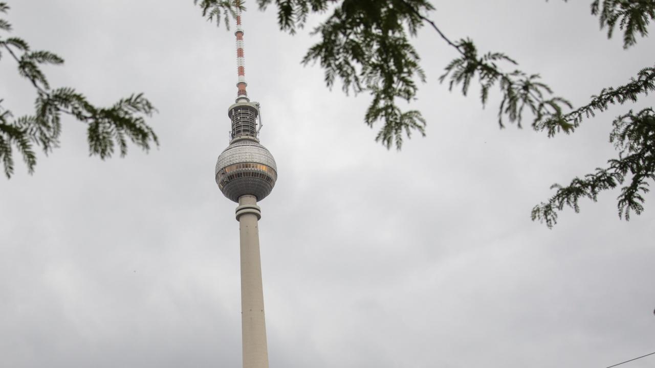 Първата кметица на Берлин е плагиатка