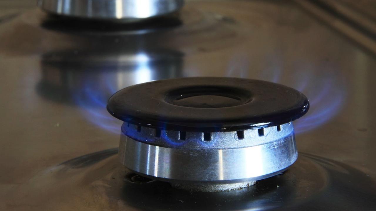 Газът поскъпва с повече от предвижданите 16% през октомври