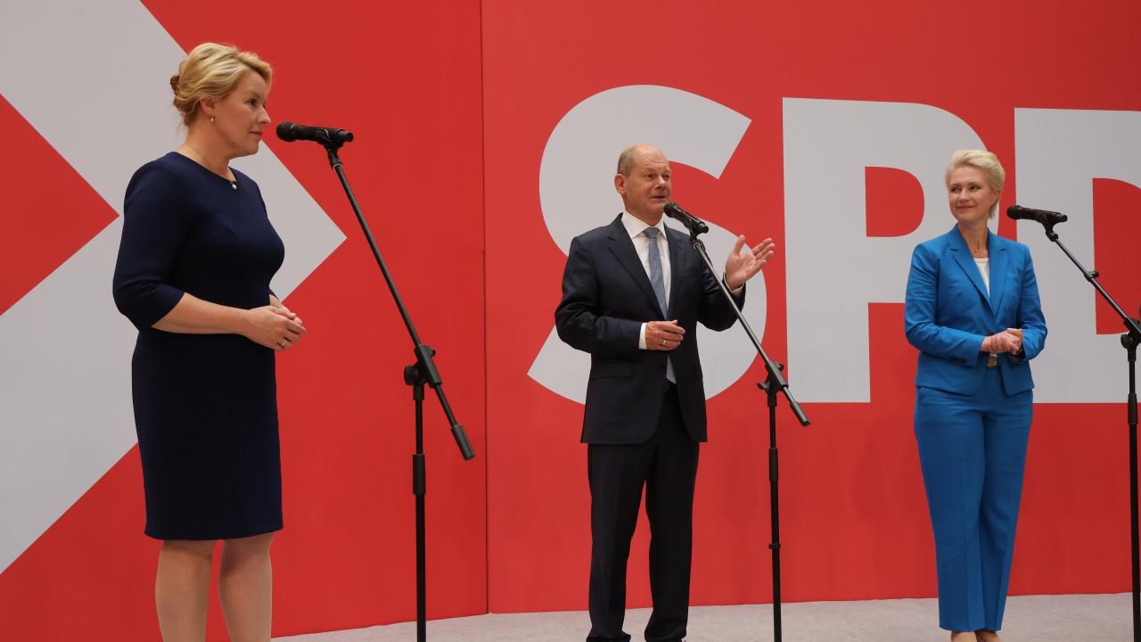 Германските социалдемократи ще започнат тази седмица преговори за съставяне на коалиция