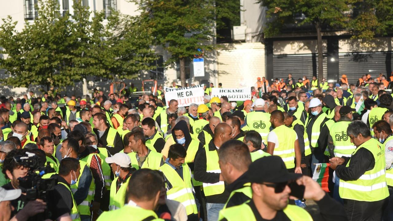 Пътните строители излизат на национален протест