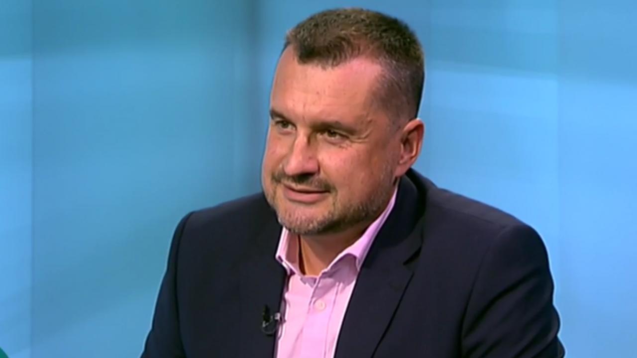Калоян Методиев: Радев се опита да разцепи БСП, излъга ДБ и след това ги дублира