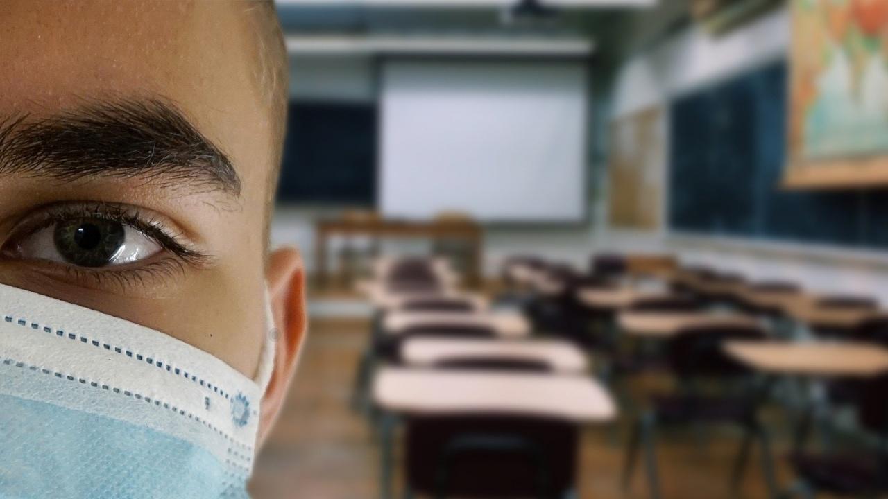 В едно от столичните училища вече се готвят за онлайн обучение