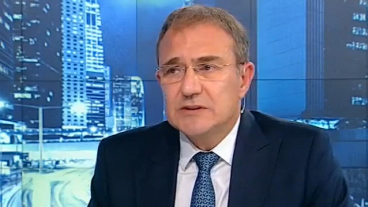 И Гуцанов от БСП смята за пагубно бездействието на държавата за заседналия кораб