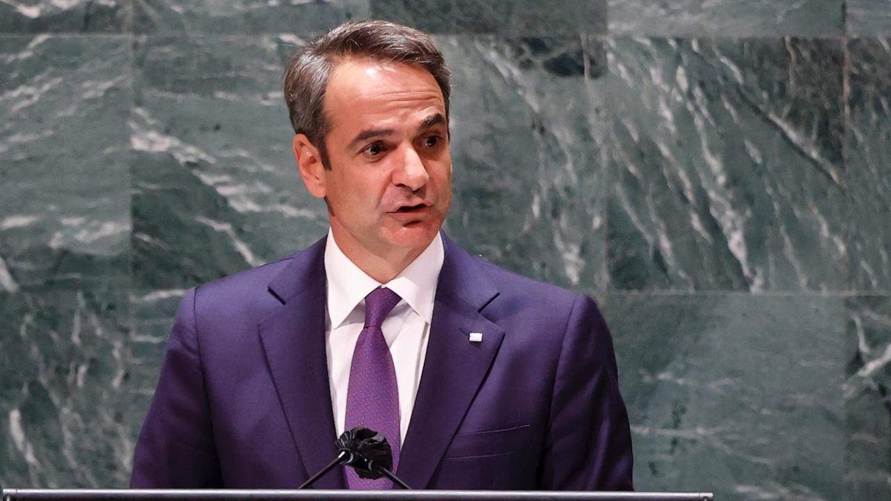 Мицотакис: Нямаме намерение за съперничество с Турция в сферата на въоръжаването