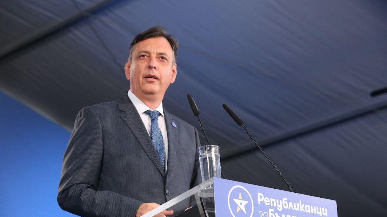 Горан Благоев: Тенденцията да няма ляво и дясно води до едни много опасни последици за България