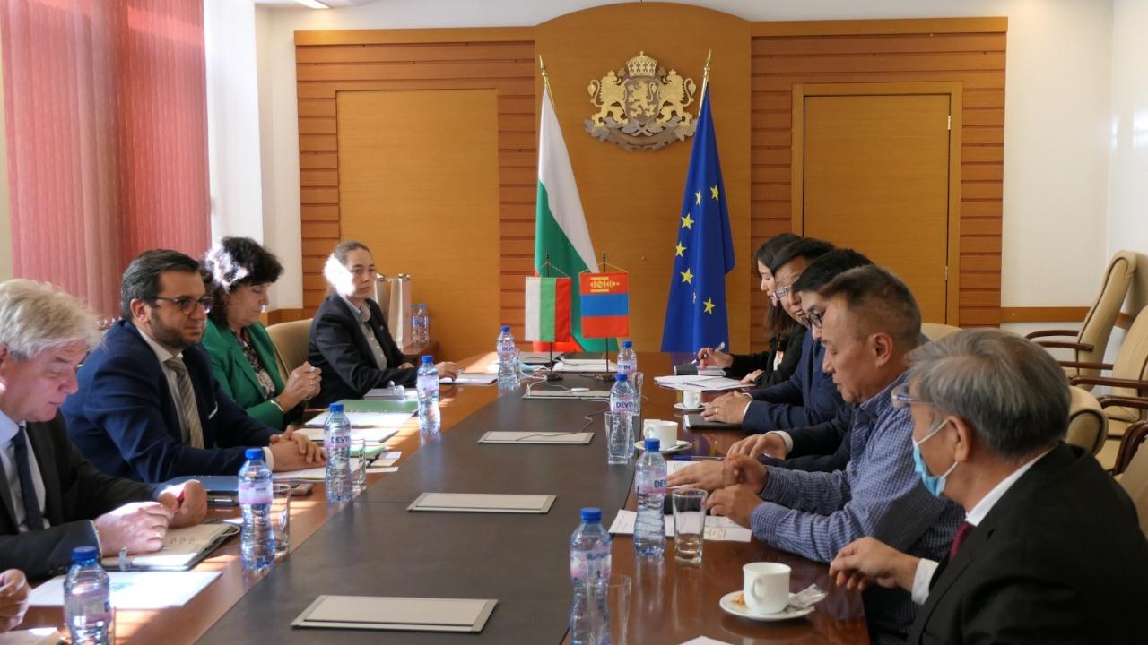 Заместник-министър Събев: България и Монголия ще разширят контактите си в областта на търговията и аграрните науки