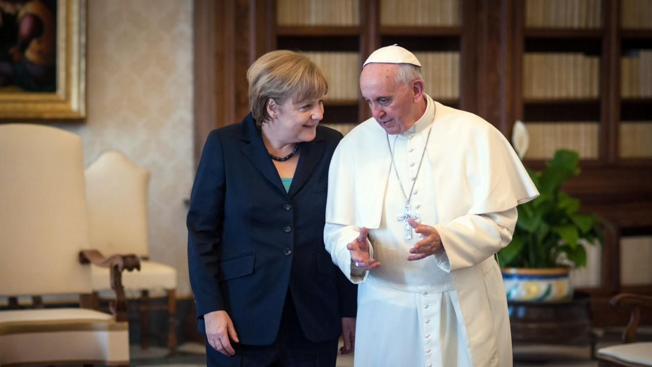 Меркел ще бъде на частна аудиенция при папата другата седмица
