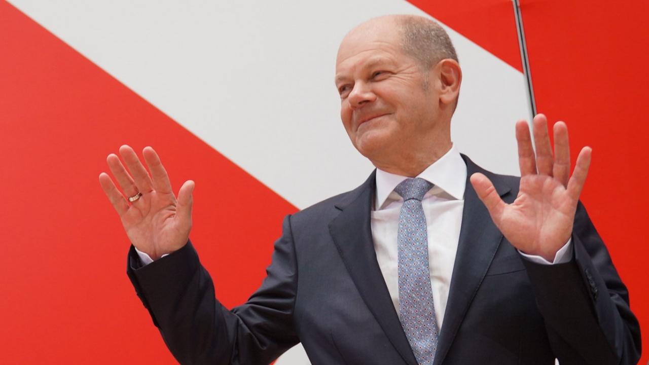 Повечето германци вече предпочитат Олаф Шолц за канцлер