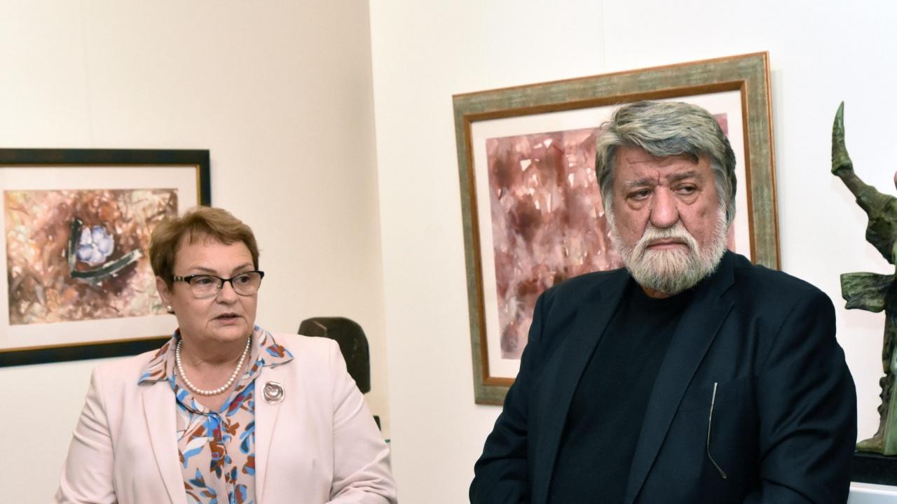 """Рашидов отговаря на Минеков за къщата: Клевети, апелирам """"Главболгарстрой"""" да го съдят"""