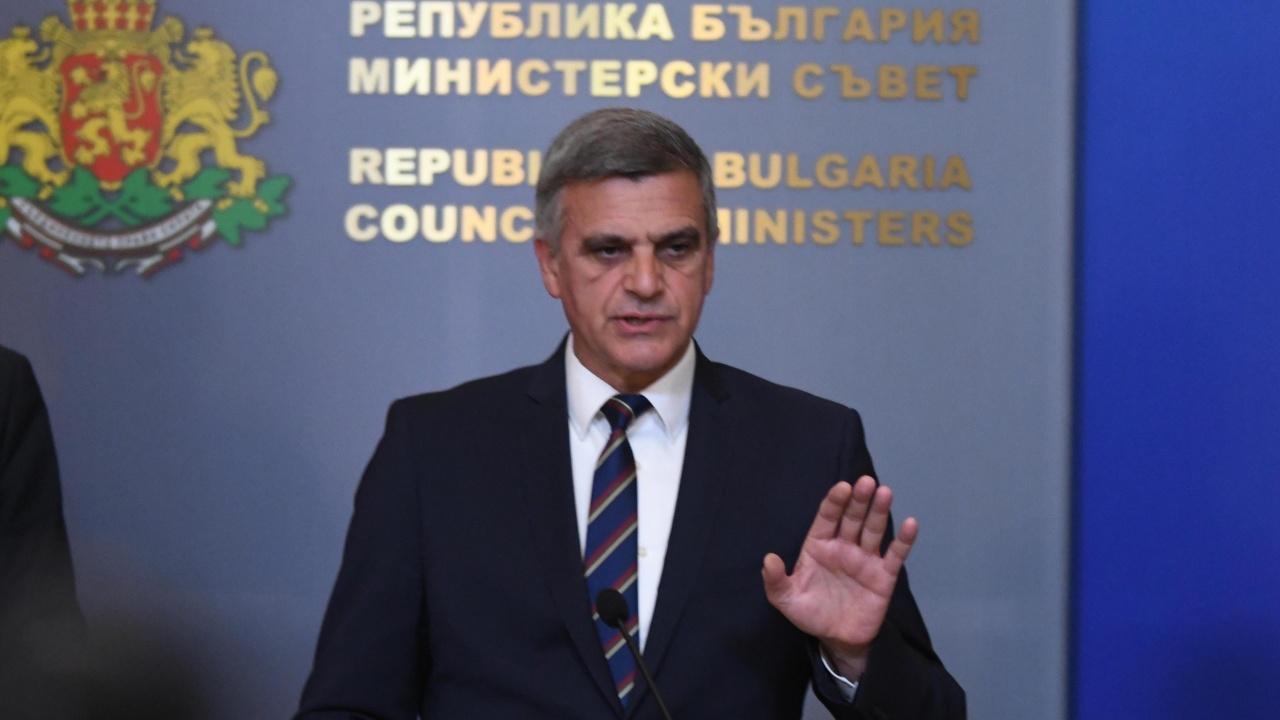 Стефан Янев: Ще задържим кораба след като го изтеглим, а собственикът му ще плати разходите
